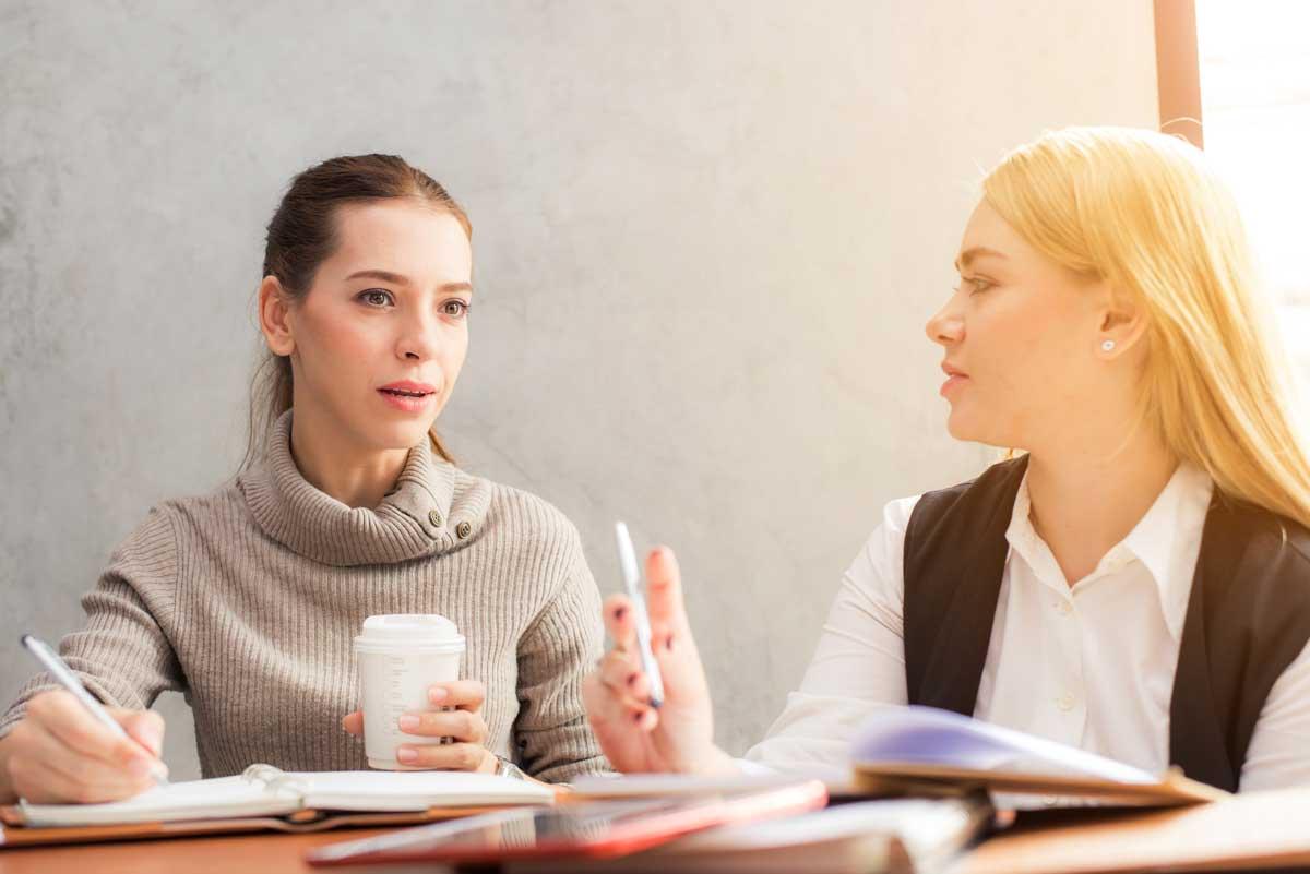 doctor-and-businesswomen